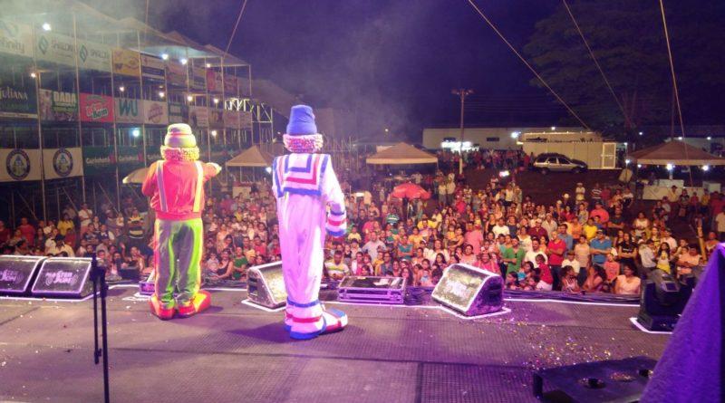 Prefeitura promove festa para crianças em Gurinhatã